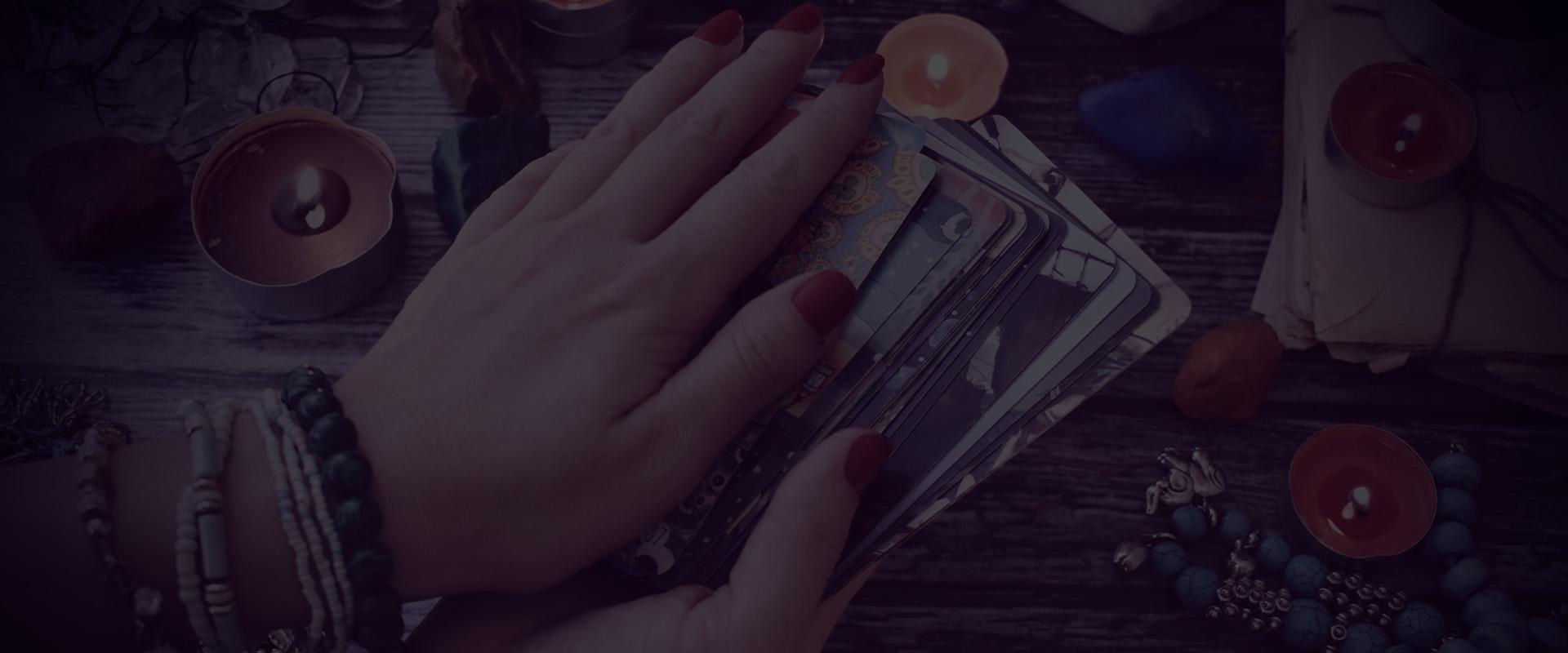 Choosing a tarot card
